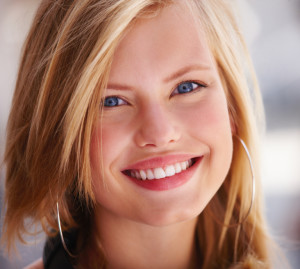 Your dentist in Rochester determines if cosmetic bonding is right for you.